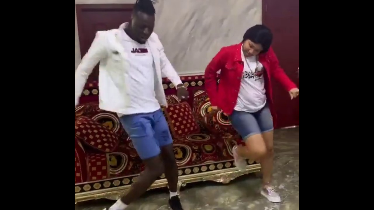 Download Akpororo and Wifey dancing to Hallelujah by Akpororo