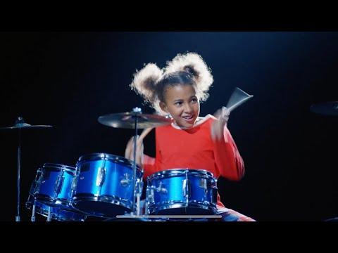 Making Argos Christmas Advert - Simple Minds - Drummer Girl