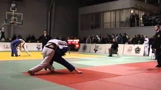 Martial arts suit Thumbnail