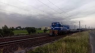 7201次貨物列車通過善化北