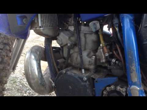 What a Yz250 is NOT supposed to sound like