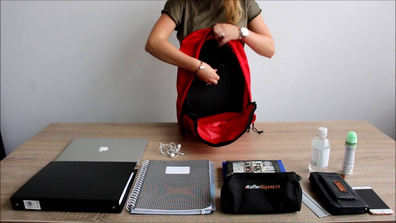 065178bd36c Eastpak Out of Office - YouTube