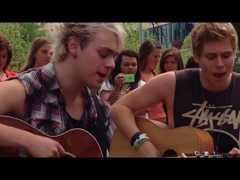 Out Of My Limit - 5SOS (Adelaide Pop Up Acoustic Show)