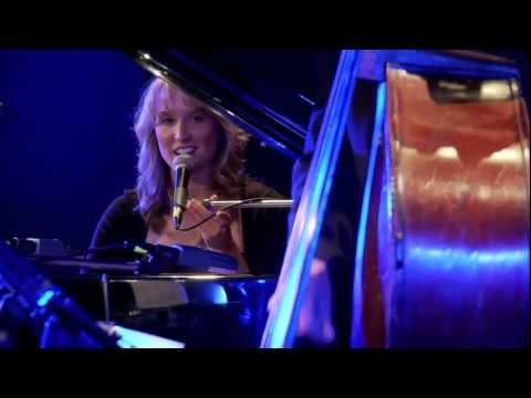 Sarah McKenzie ' I Got The Blues Tonight '.mov
