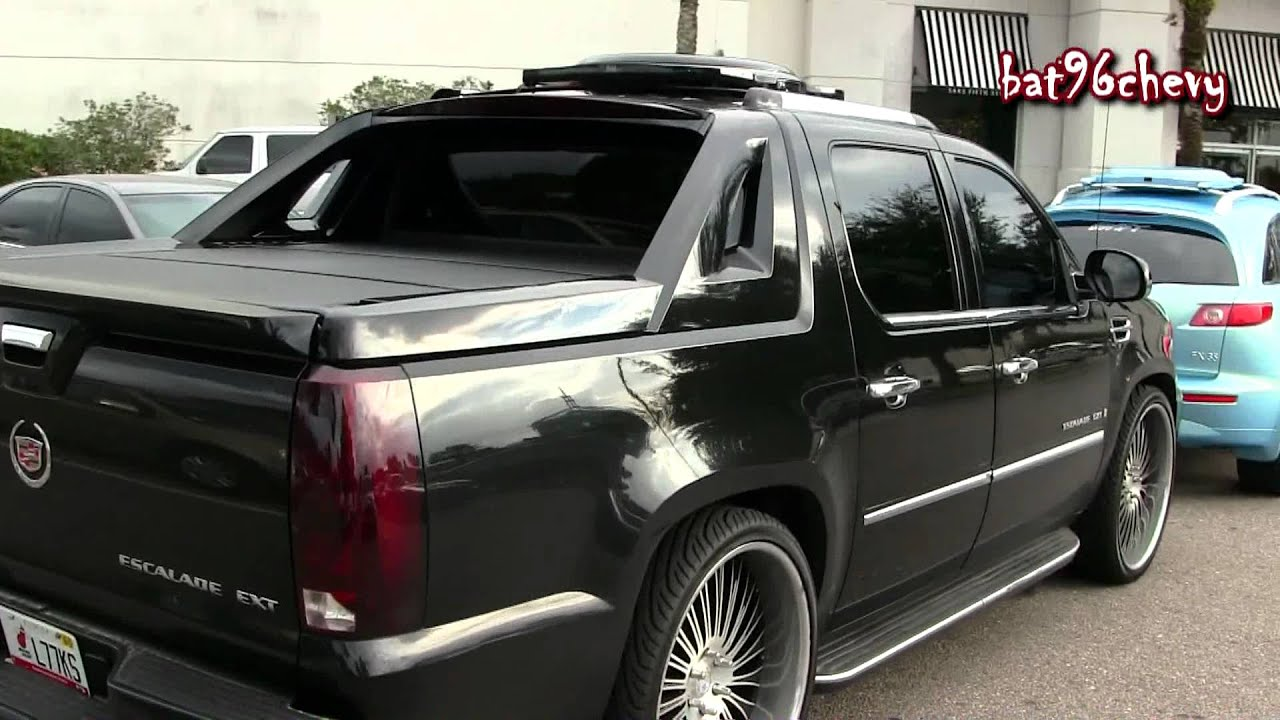 Cadillac Escalade Ext On 26 Quot 3 Pc Cor Wheels 1080p Hd