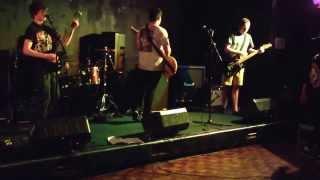 Cut To The Chase - Live at Llantwit Major (Part 1)