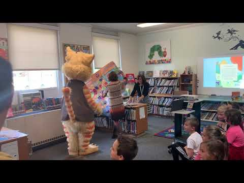 Barnicle and Husk visit Marshfield's Eames Way School
