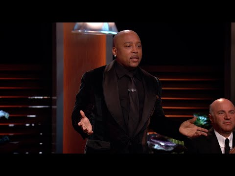 Daymond Changes His Mind on Sock Tabs - Shark Tank