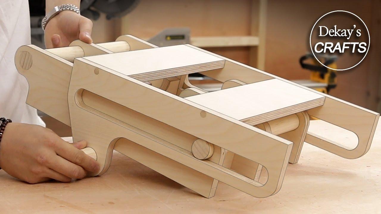 woodworking storage idea! hidden tool rack / sliding & down / I got my favorite tool!!