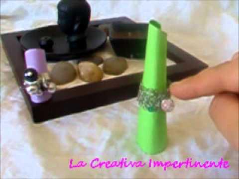 Idea creativa realizzare espositori per anelli paper for Porta anelli fai da te