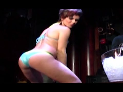 Bikini Contest Of Hot Bikini Girls Dancing & Shaking Their Booty - Girls Gone Wild