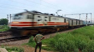 vuclip Bang-Bang 150KMPH Bhopal Shatabdi Fastest Running Train of India!