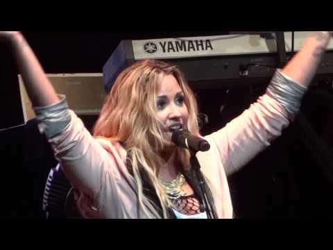 """Demi Lovato - """"Here We Go Again"""" and """"La La Land"""" (Live in Del Mar 6-12-12)"""