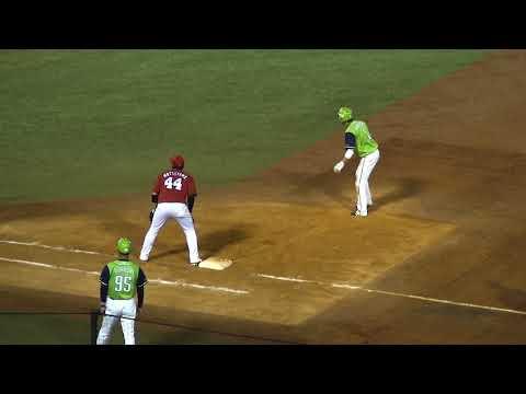 山田哲人トリプルスリーの瞬間 山田哲人30盗塁目の瞬間 2018年8月31日