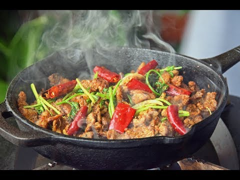 Cumin Lamb Stirfry, Northern Chinese-style on a Hot Plate (孜然羊肉/炒烤肉)