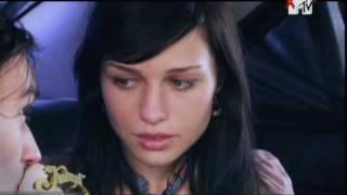 Сцена прощания Ярослава и Полины(Клуб 7)