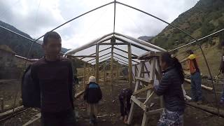 Construction of a greenhouse for the Sherpa school community of Phugmoche in Nepal