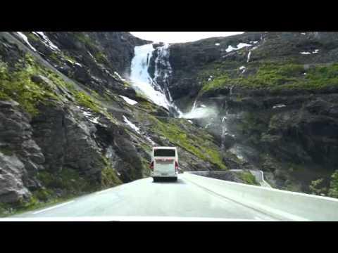 Afdaling Trollstigen (Noorwegen)
