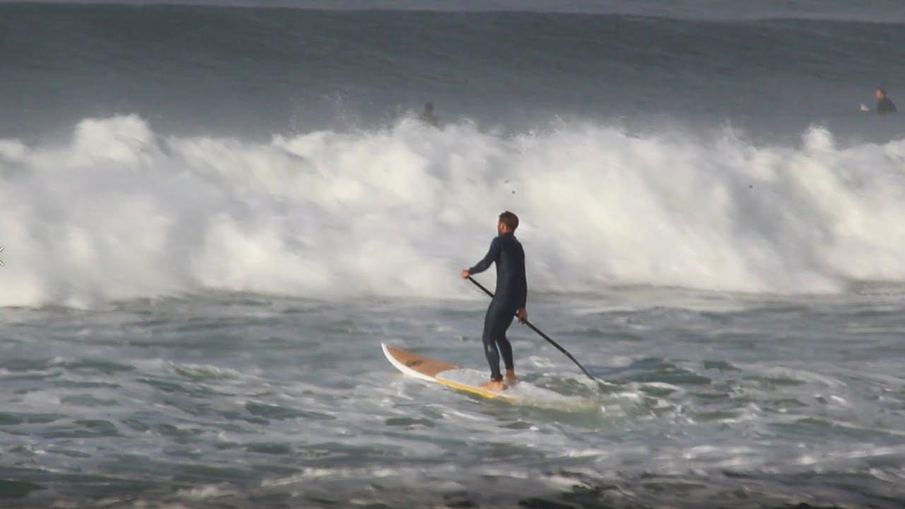 Stand Up Paddle Boarder VS 2ft Inside Wave