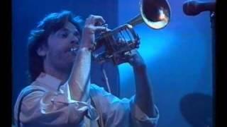 Eldkvarn och Thåström Flyktsoda Live Cirkus Broadway 1988