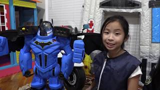 Pretend Play POLICE with Ryan's Toy Review Toy VS ROBOT CAR
