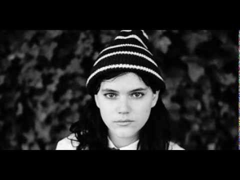 Soko - I've been alone too long