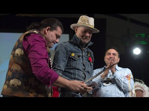 Tearful Gord Downie honoured in First Nations ceremony