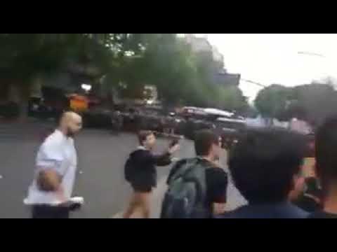 Incidentes frente al Congreso por la vigilia convocada contra la Reforma Previsional