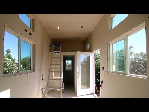 Drywall In The Tiny House!