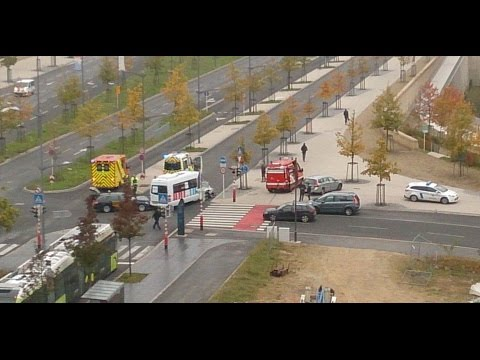 Time lapse of car accident Kirchberg Luxembourg 22 10 2015