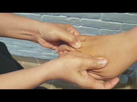 สอนการนวดมืออย่างง่ายเพื่อคลายปวดเมื่อย