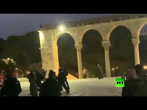 الشرطة الإسرائيلية تقتحم المسجد الأقصى  - 13:59-2020 / 1 / 17