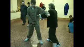 Занятия в школе КУНГ ФУ.Видео-урок. http://www.chuan-shu.ru/