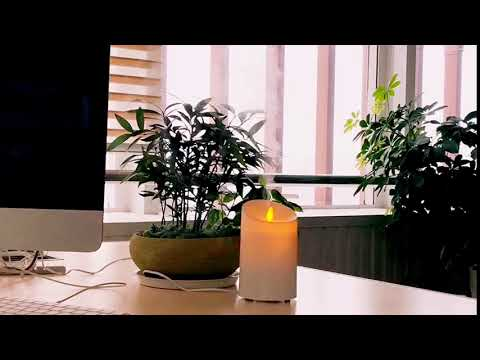aromatherapy-essential-oil-diffuser-with-flameless-led-candle-light
