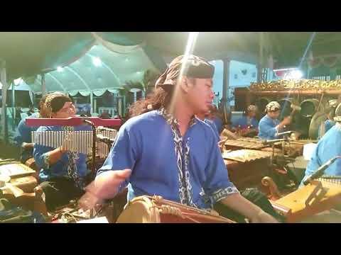 Gerajakan Banyuwangi fersi Gamelan by Cakraningrat