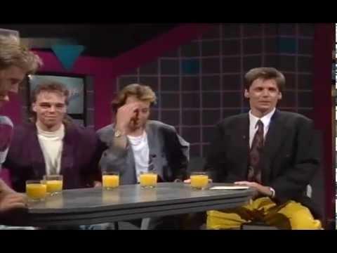Günther Jauch im Gespräch mit The Teens 1989