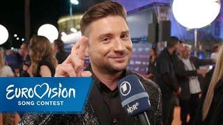 ESC 2019: Sergey Lazarev aus Russland auf dem Orange Carpet | Eurovision Song Contest | NDR