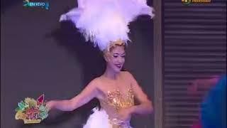 "Baile precarnavalesco  - Reyes del Instituto Campechano Nayely y Román  -  ""¡¡Maaaambo!!""."