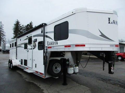 HaylettRV.com - Lakota Charger C311 (7311S) Living Quarters Gooseneck Horse Trailer