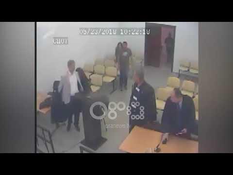 Vlore, Ora News siguron momentin si u arratis nga salla e gjyqit Mikel Kasa