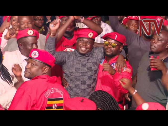 Bobi Wine commends police for job well done at the Kyarenga concert.
