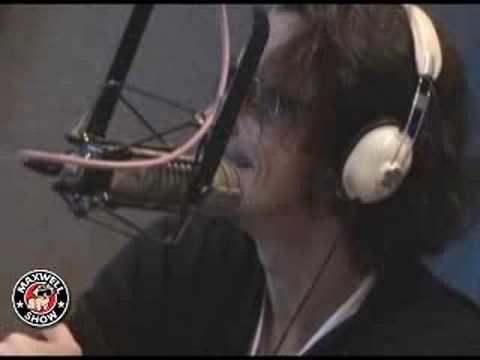 Maxwell Interviews Chris Cornell