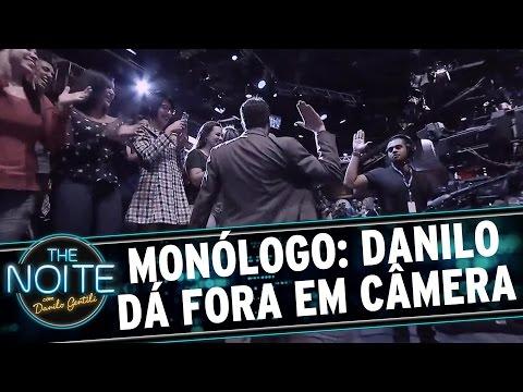 The Noite (07/09/15) - Monólogo: Danilo Dá Fora Em Câmera Do SBT