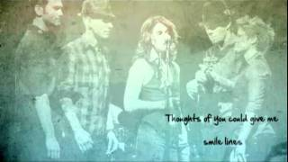Brandi Carlile - Love Songs w/ Lyrics on screen chords | Guitaa.com