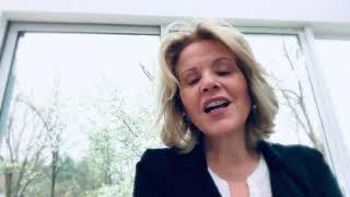 Renee Fleming sings Ave Maria  Franz Schubert
