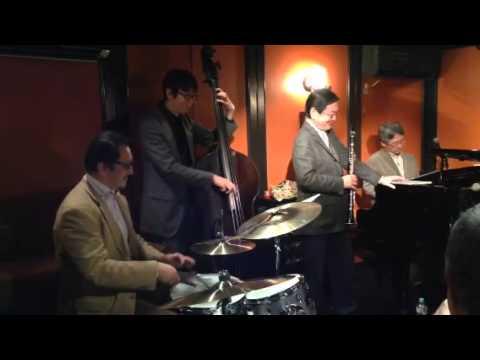 Twilight Special Jazz & Bar em's Pro-Ama Quartet (e-PAQ) (Things we did the last summer)
