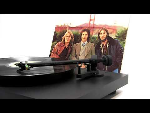 """America - """"Sister Golden Hair"""" (Official Vinyl Video)"""