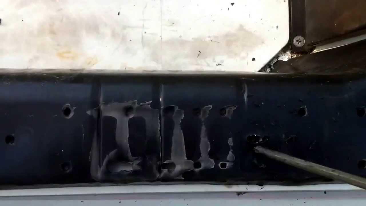 91 kawasaki 550sx mat panel removal. - youtube