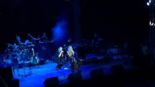 Anna Vissi - I Epomeni Kinisi feat. Michalis Hatzigiannis, Nicosia (01/09/2015) [fannatics.gr]