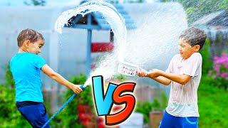ОБЛИВАЕМ ВОДОЙ пранк. Funny Water War Challenge. Обливание холодной водой / Erik Show / Vlog